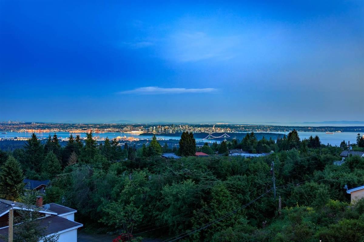 West Vancouver gorgeous 2br 2ba house rental unit for rent!
