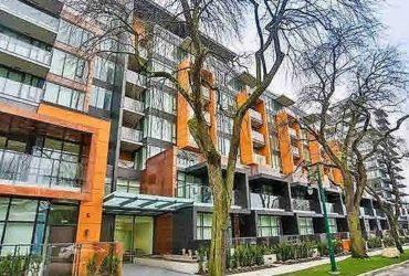 2br 2ba plus den deluxe living Vancouver West condo for rent!